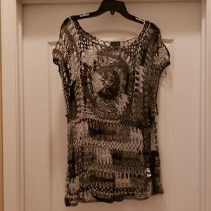 Like new City Chic crocheted top